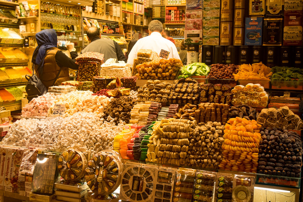 The main bazaar in Istanbul is a great place lost